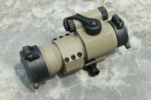 T AABB M2 RED Green Dot Scope ( Sand )