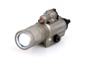 T HM X40V Weapon Tactical Light ( DE )